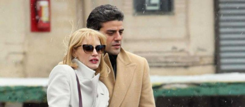 Jessica Chastain and Oscar Isaac shooting a scene from A Most Violent Year