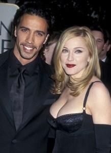 Madonna_Carlos_Leon_1994_1997