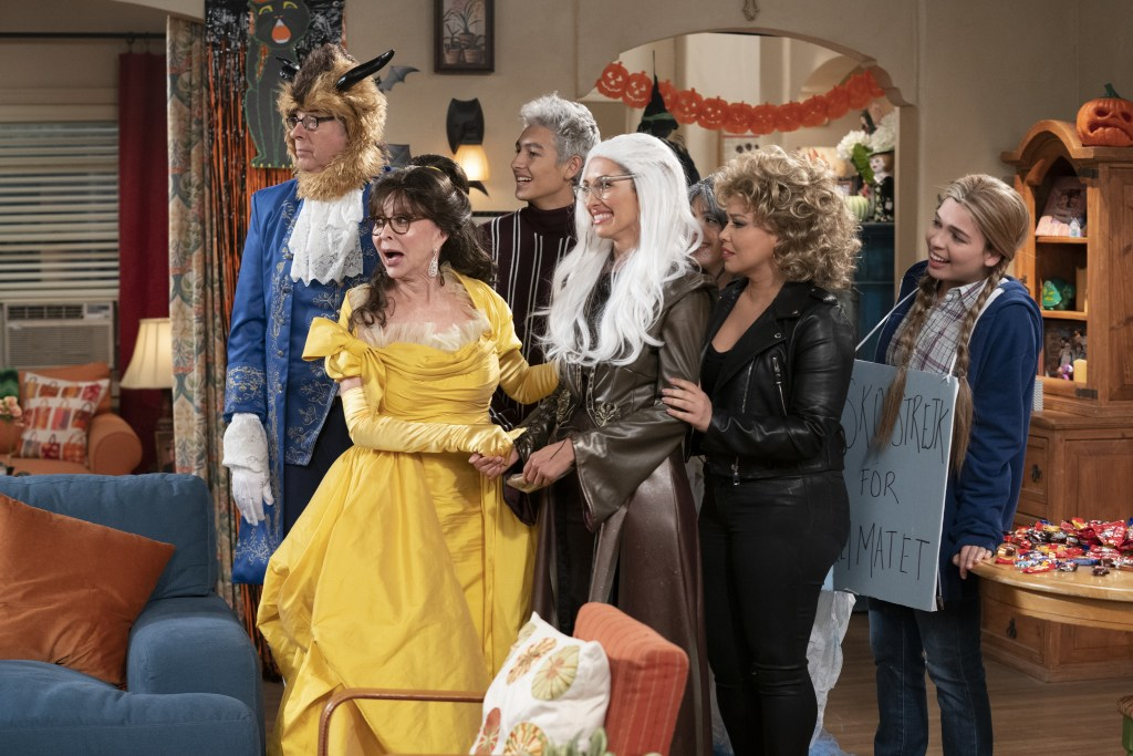 """(L-R): Stephen Tobolowsky as Dr. Berkowitz, Rita Moreno as Lydia, Marcel Ruiz as Alex, India de Beaufort as Avery, Sheridan Pierce as Syd, Justina Machado as Penelope and Isabella Gomez as Elena in ONE DAY AT A TIME, """"One Halloween at a Time"""".  Photo Credit: Nicole Wilder/POP TV."""