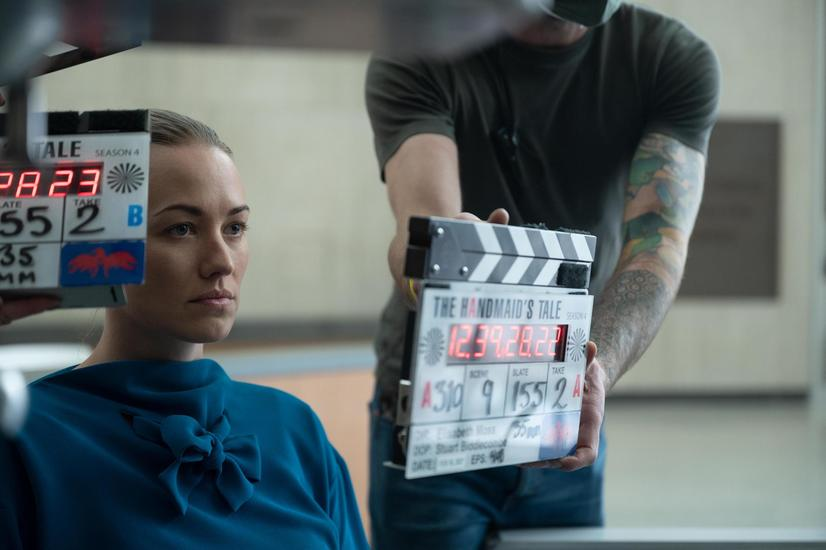 """PHOTO EMBARGOED FOR USE UNTIL June 2nd, 2021. The Handmaid's Tale -- """"Testimony"""" - Episode 408 -- June confronts Fred and Serena in court and challenges Emily to face a painful reminder of her Gilead past. Lawrence presents Aunt Lydia with a newly captured, familiar Handmaid. Serena Waterford (Yvonne Strahovski), shown. (Photo by: Sophie Giraud/Hulu)"""