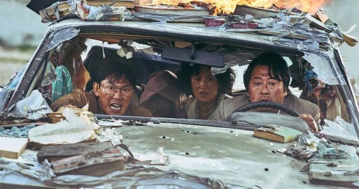 EscapeFromMogadishu_WellGoUSA_KoreanFilms_1-small