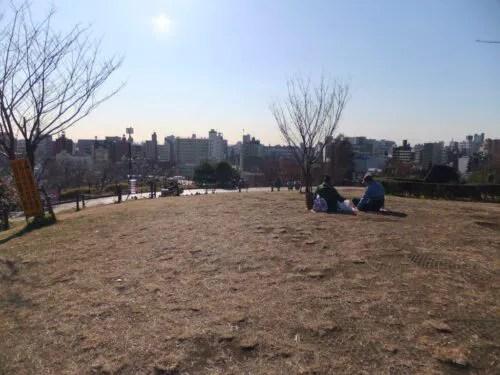 西郷山公園は予想外に開放的