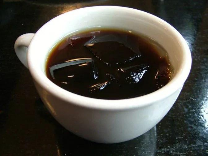 食後にコーヒーが出てくるのも古都流