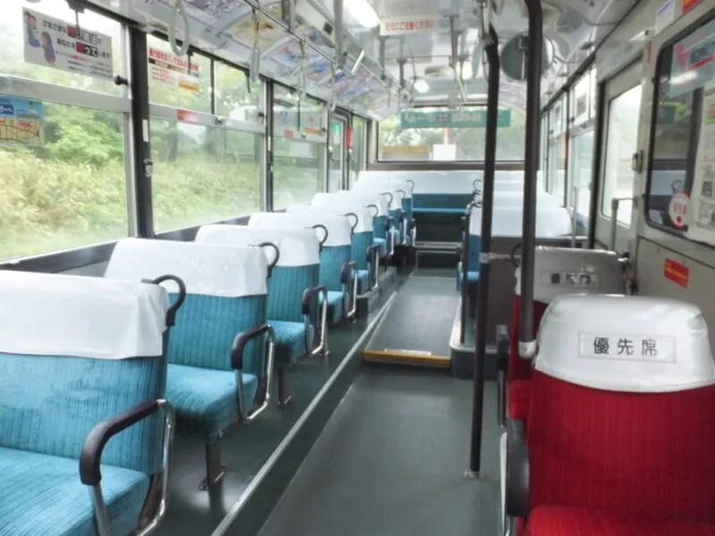 路線バスには客が自分一人だけ