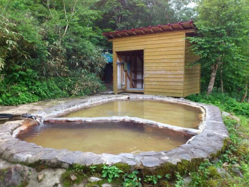 三斗小屋温泉煙草屋旅館の露天風呂