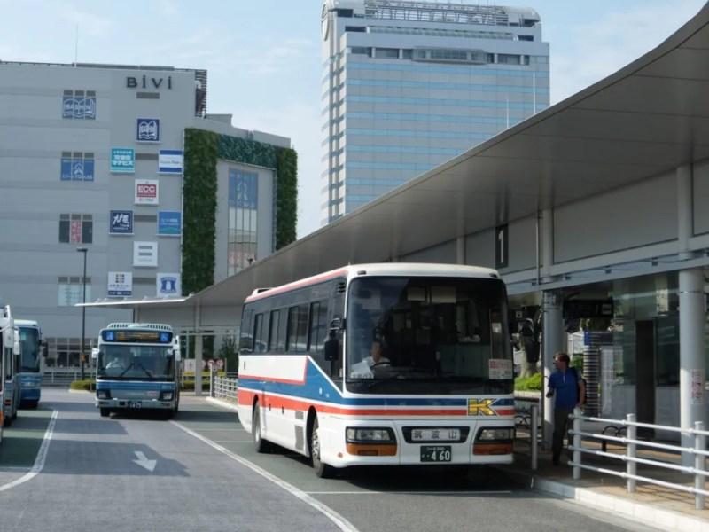 観光バス的な乗り物