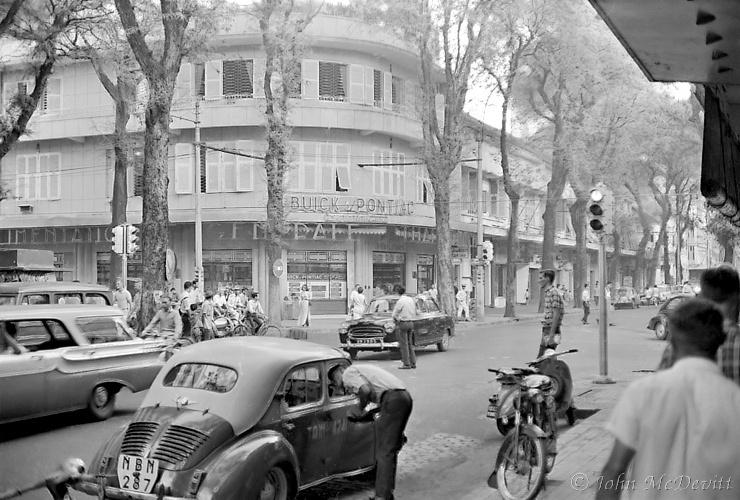 Saigon Streets 1966 Revisited (4/4)