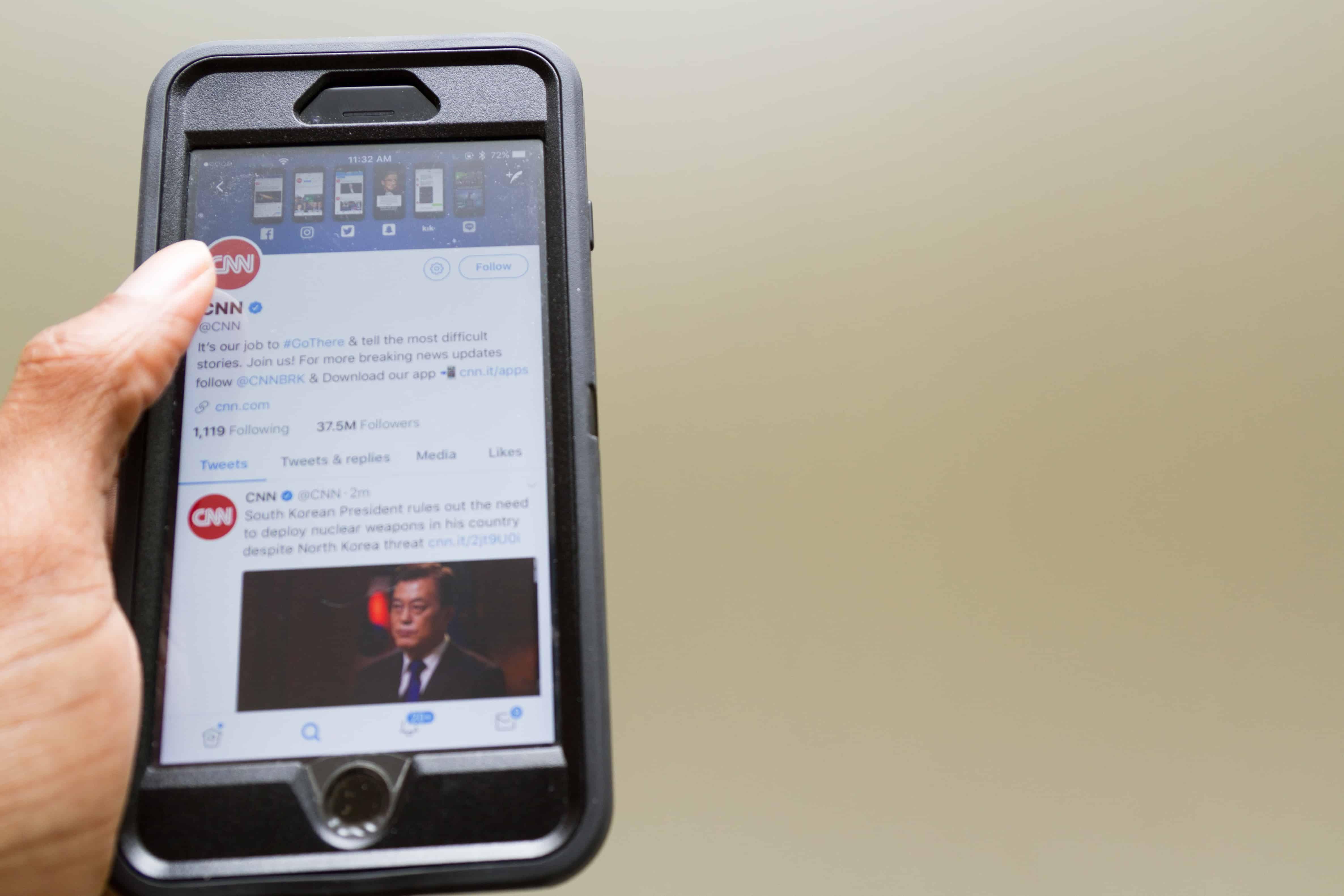 Twitter ne veut plus des publicités politiques via @awasocial