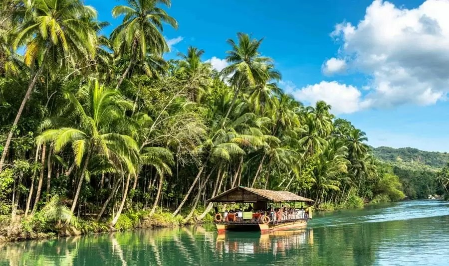 bohol1 - Known as the beauty of the island of Bohol, guess what you can see?