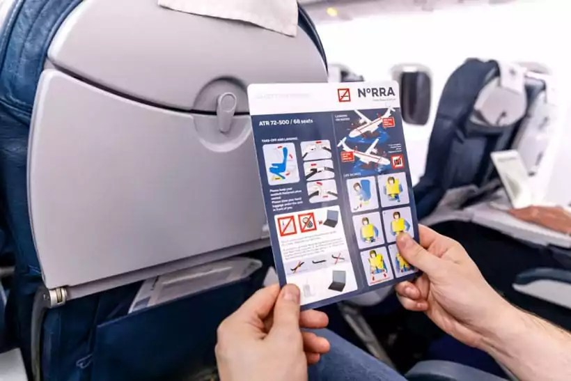 Safety Precautions While Travelling via Flight
