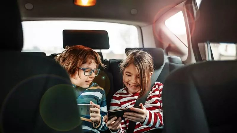 roadtrip 2 - 5 picks that are must when you go for a road trip with your kids