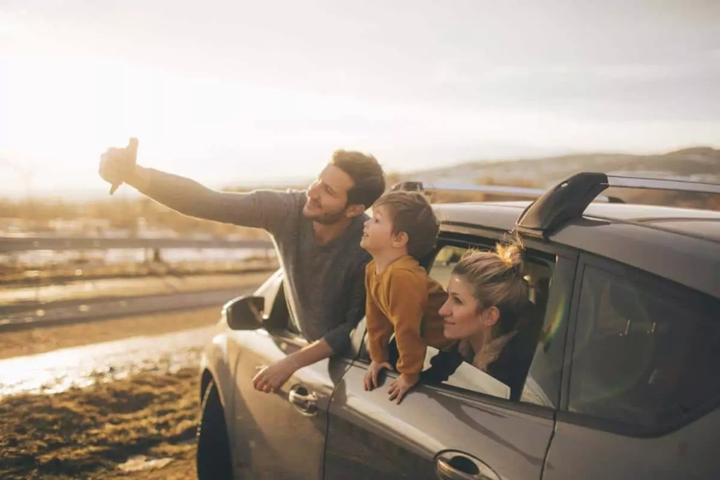 5 picks that are must when you go for a road trip with your kids