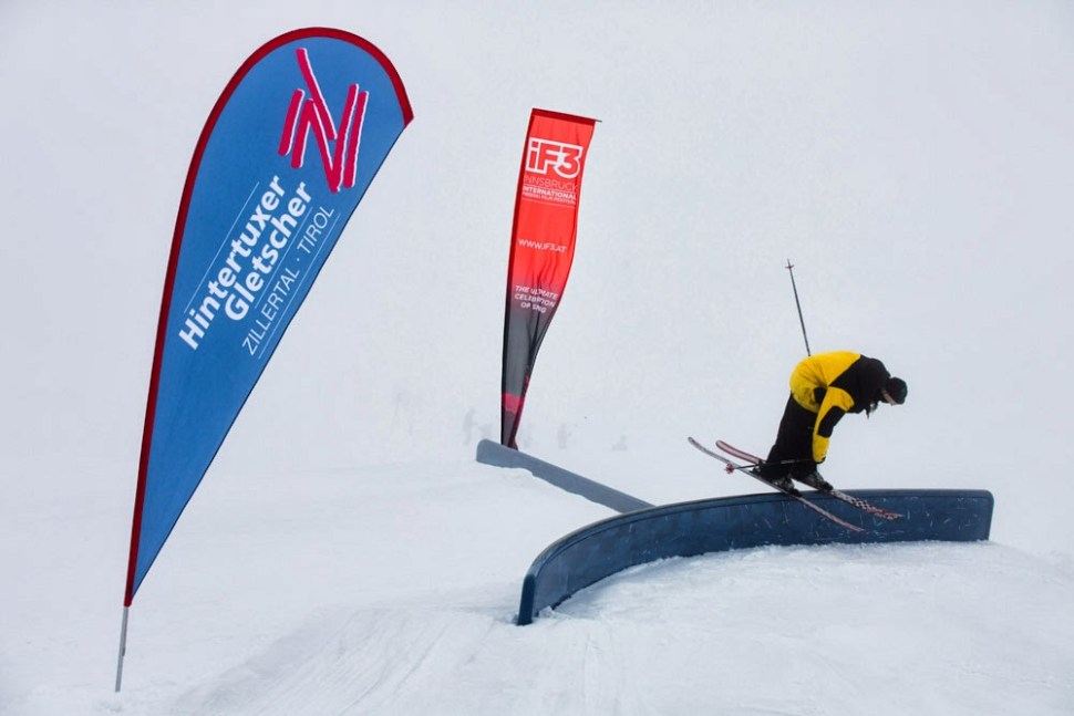 The warmup is already on in Hintertux where the winter is already lurking. ©iF3