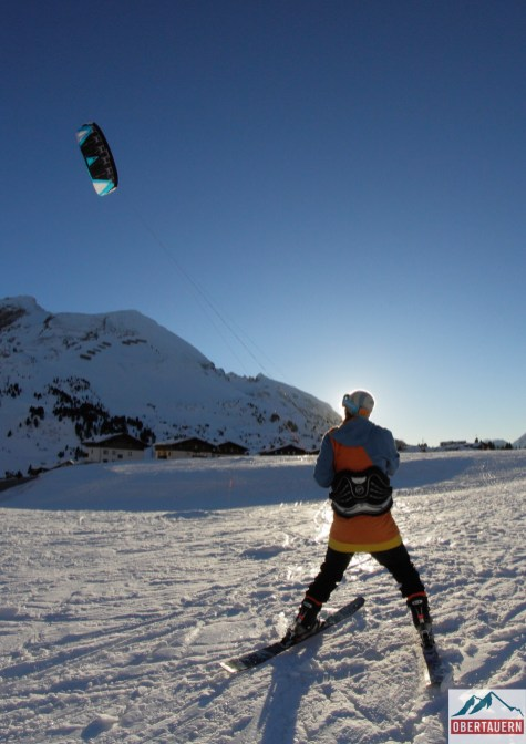 Getting better at snowkite :)