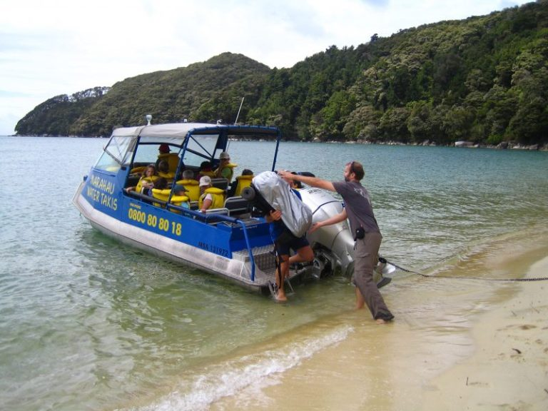 Neuseeland Rundreise Wassertaxi