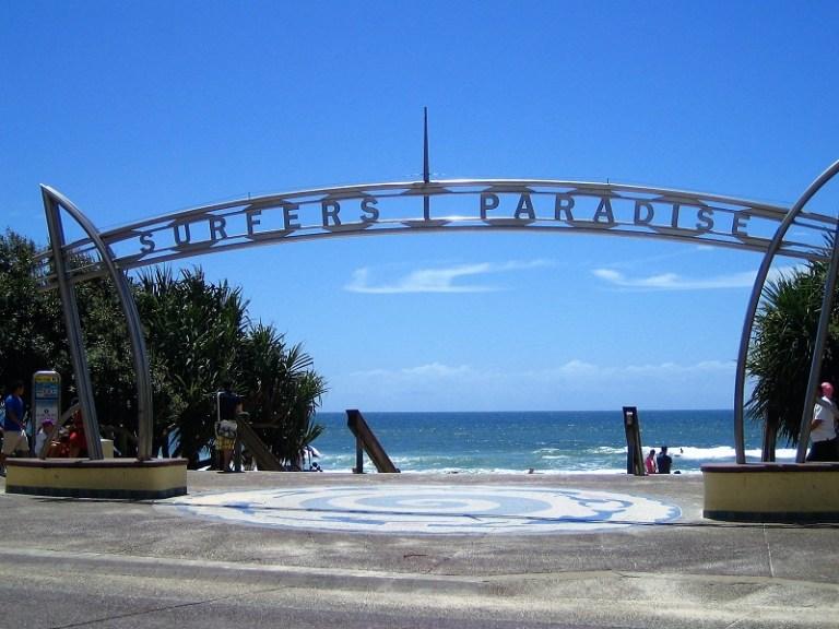 Daytrips Brisbane_Gold Coast Surfers Paradise
