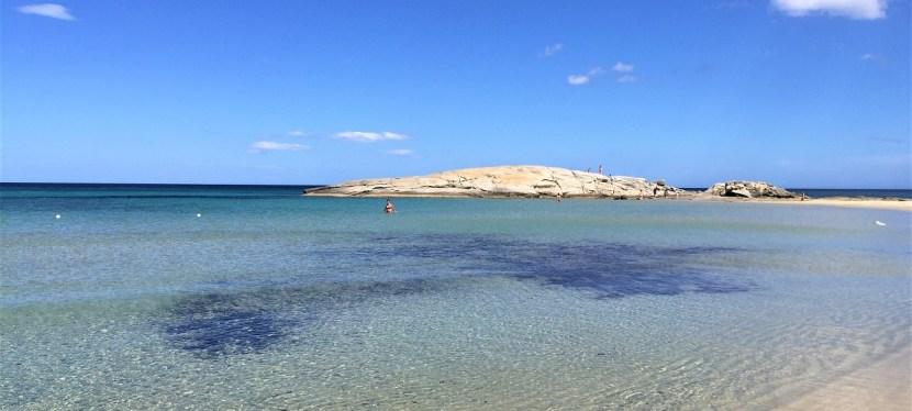 Strände, Schafe, Serpentinen: Highlights im Südosten Sardiniens