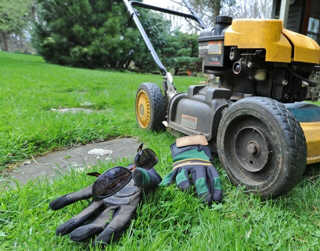 organic lawn care with paul tukey: crabgrass control