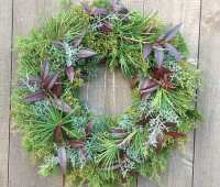 #madebymen or otherwise, broken arrow holiday wreaths are #madewithimagination