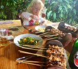 The kids gobbled up her satay every time.