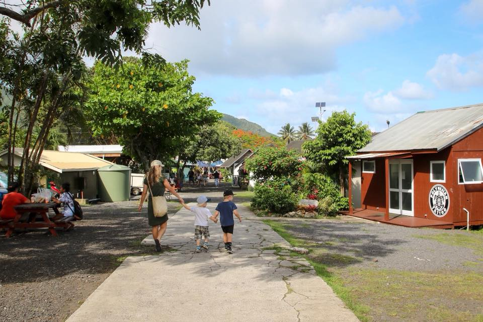 Off to Punanga Nui Markets before Christmas in Rarotonga with kids.
