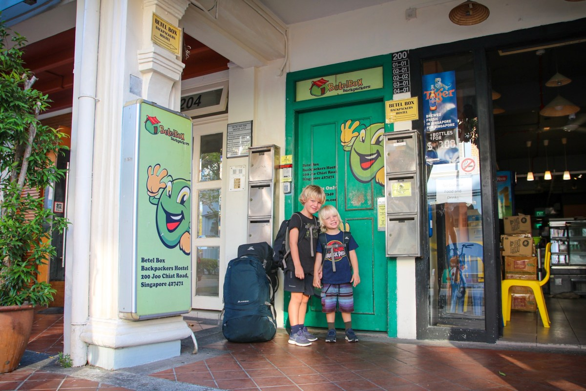 Staying at Betel Box Hostel in Singapore with kids.