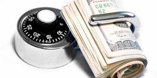 Где хранить деньги на отдыхе