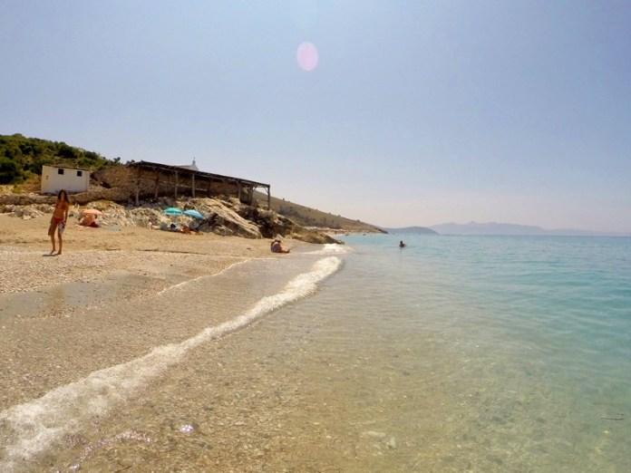Море и пляжи в Албании
