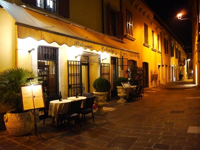 Шоппинг в Дезенцано-дель-Гарда Италии