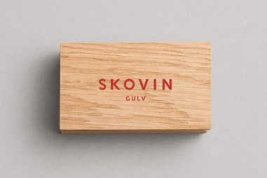 Skovin-Wood-Veneer-Screen-Printed-Business-Card-by-Heydays-on-BPO