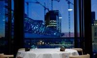 Фирменный стиль скандинавского эко-ресторана Maaemo.