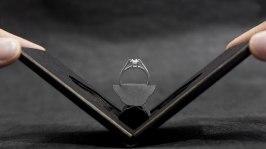 Крутейшая упаковка кольца для помолвки. Смотрите гифку.