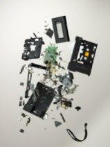 Вам ведь всегда хотелось разобрать старый бабушкин телефон, правда?