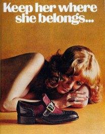 Подборка откровенно сексистской, расисткой и грубой винтажной рекламы.