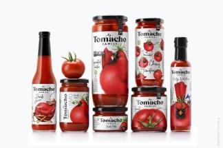 Красочные иллюстрированные этикетки томатных продуктов Tomacho с уверенной типографикой и харизматичными маскотами