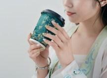 Изысканное оформление подарочной линейки кофе Сama café в лаконичном восточном стиле