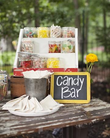 Creative Wedding Cake Favors A Candy Bar  A Wedding Cake