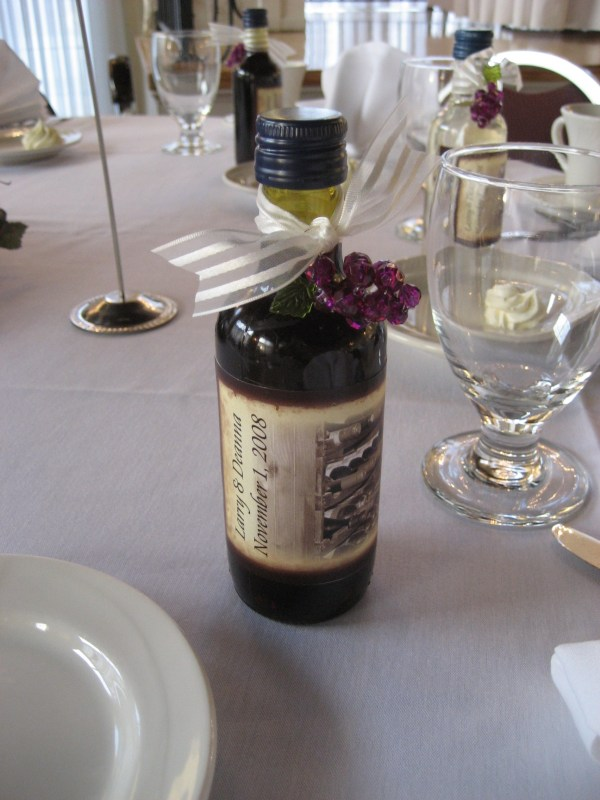 Mini Wine Bottles With Custom Lables Hit Favors