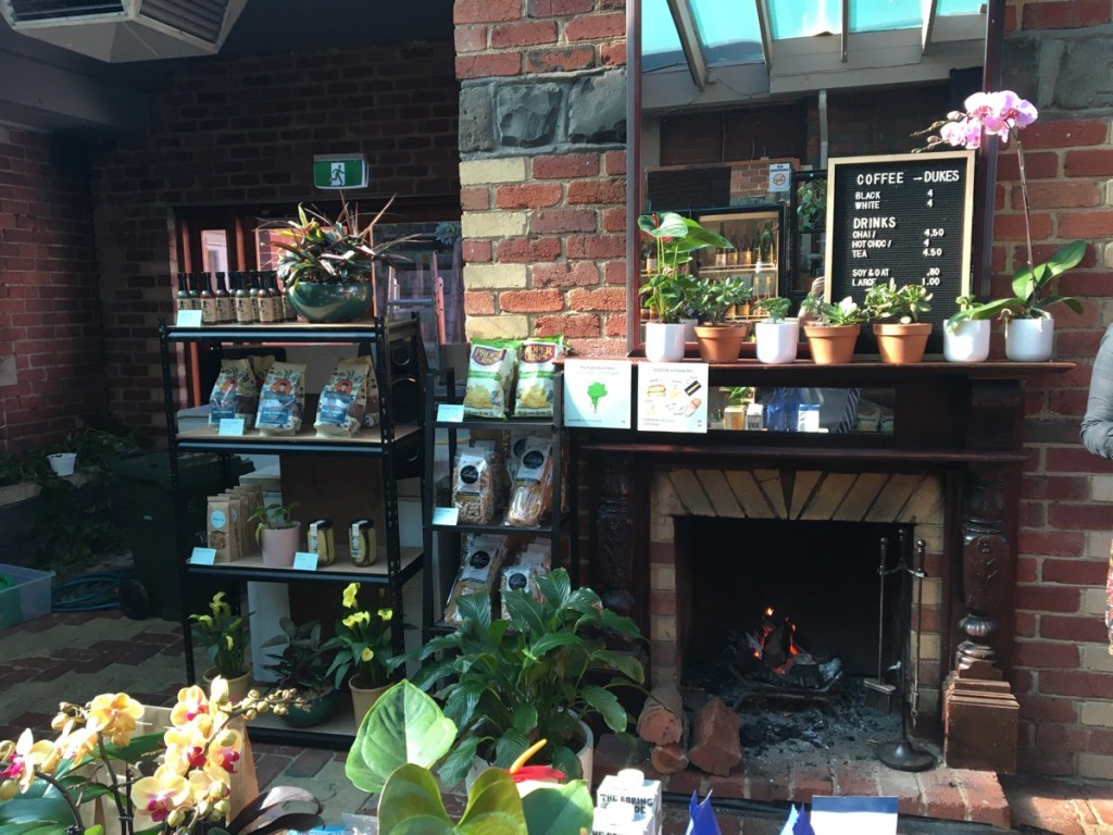 cafe, coffee and toasted sandwiches in collingwood