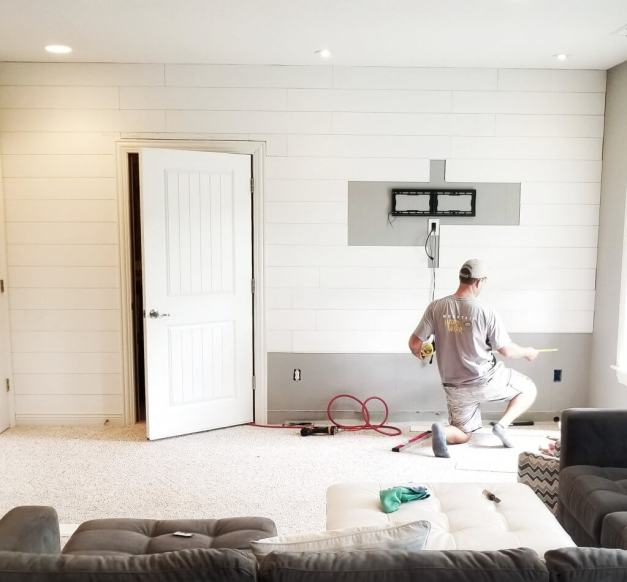 DIY Home Shiplap Focal Wall