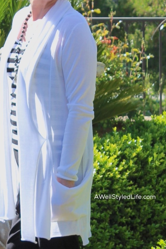 Classic black amd white make a perfect base for your summer wardrobe