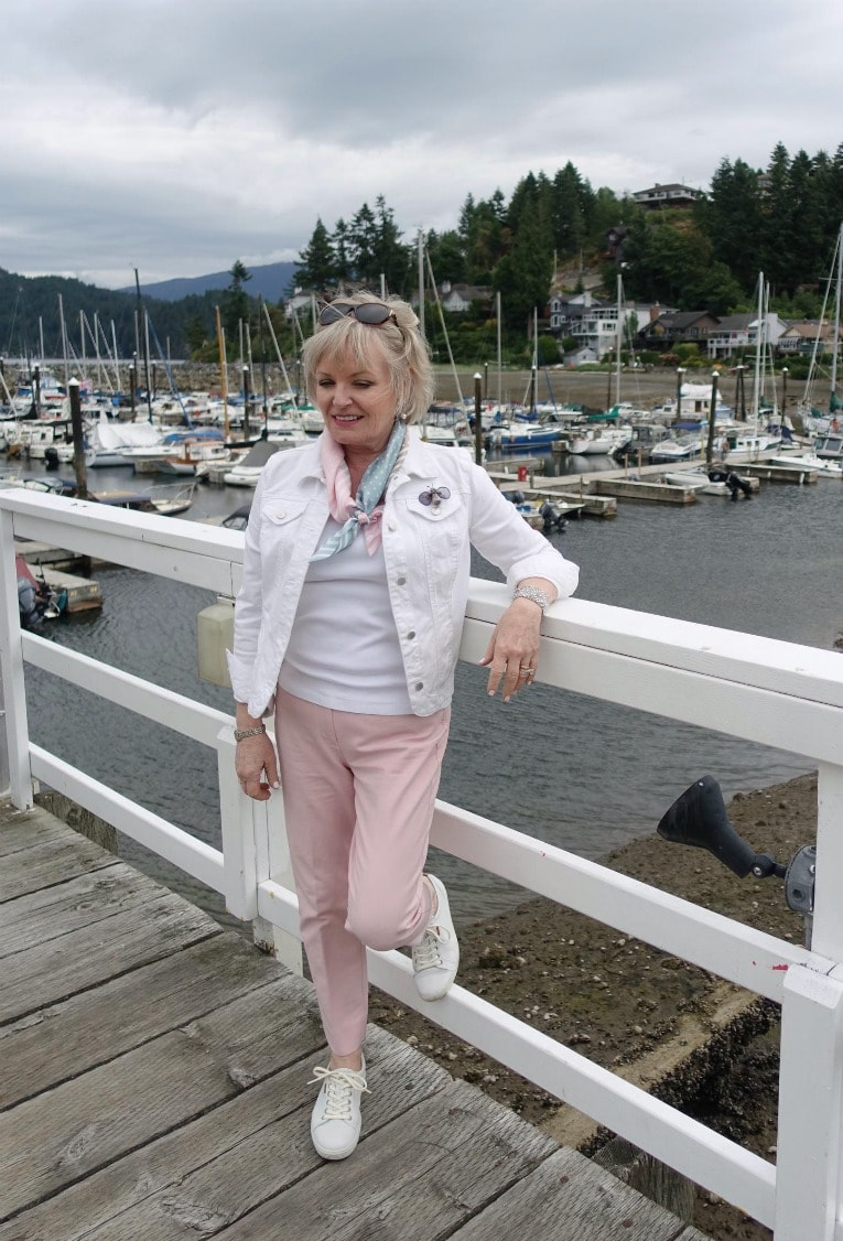 Jennifer Connolly of A Well Styled Life exploring Gibsons BC