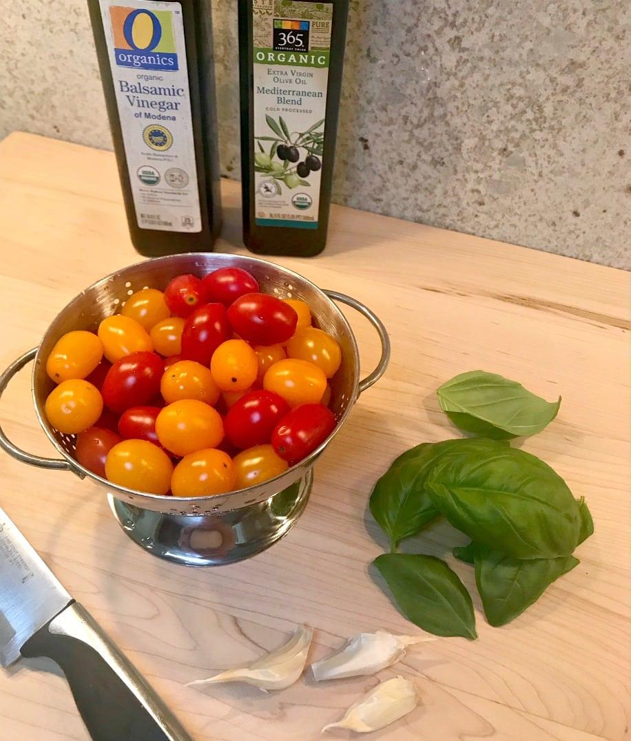 Easy Peasy Tomato Basil Salad Recipe