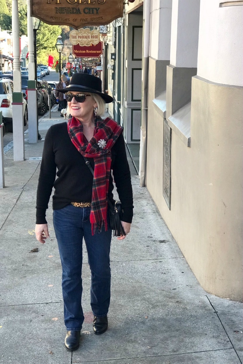 Does This Make Me Look Old by Jennifer Connolly of A Well Styled Life