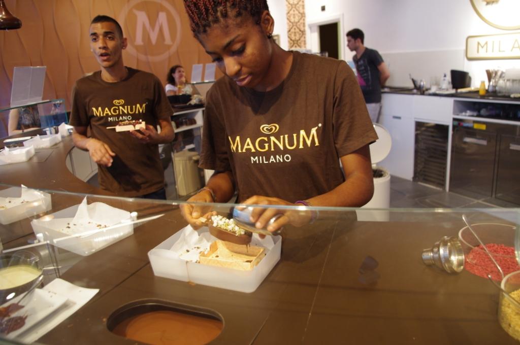 Magnum Pleasure Store Milano (CC awesomatik.com)