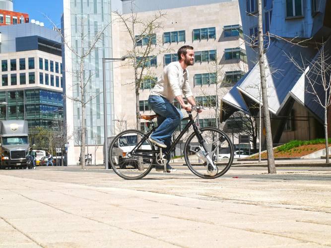 3059511-slide-2-this-tron-inspired-wheel