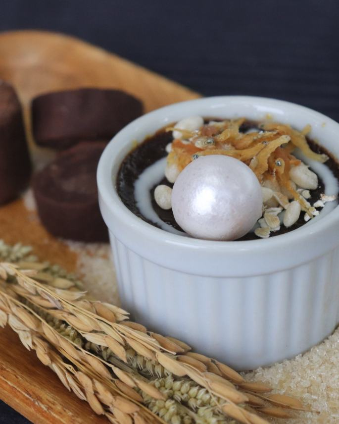 Champorado Brulee Topped with Dilis and Pearl