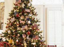 11 Awesome And Beautiful Decorated Christmas Tree Ideas