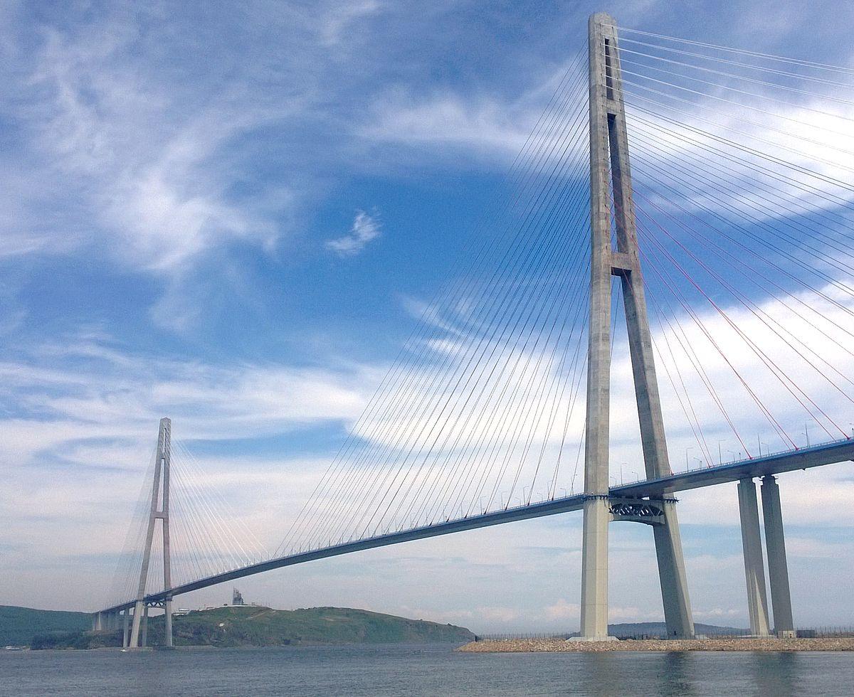 Russky Bridge, Russia