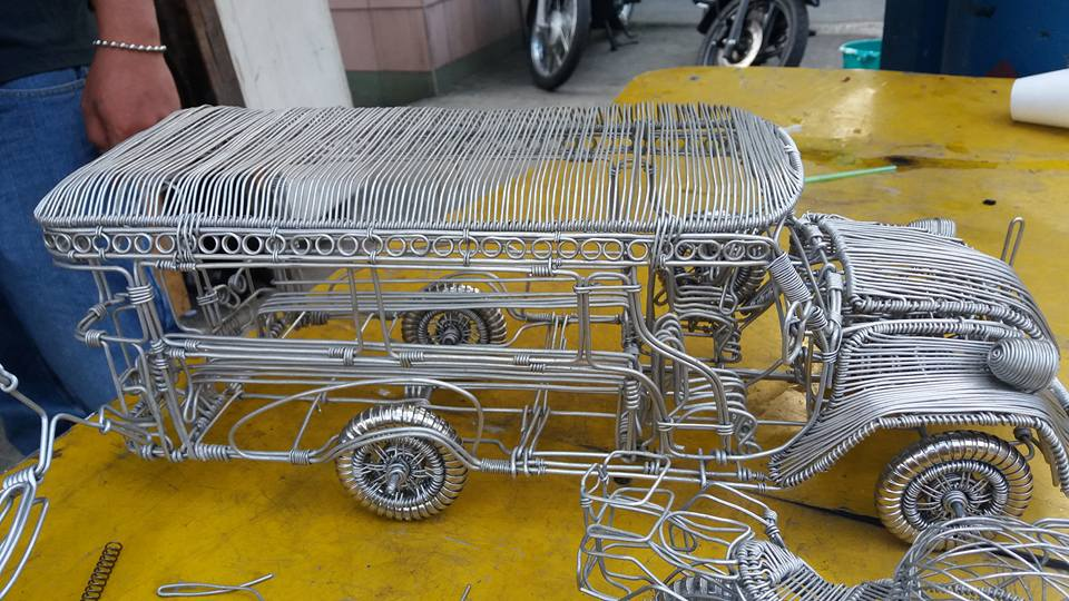 52-Year-Old Filipino Sets The Social Media Abuzz By His Incredible Creations Made From Aluminum Wires image 7